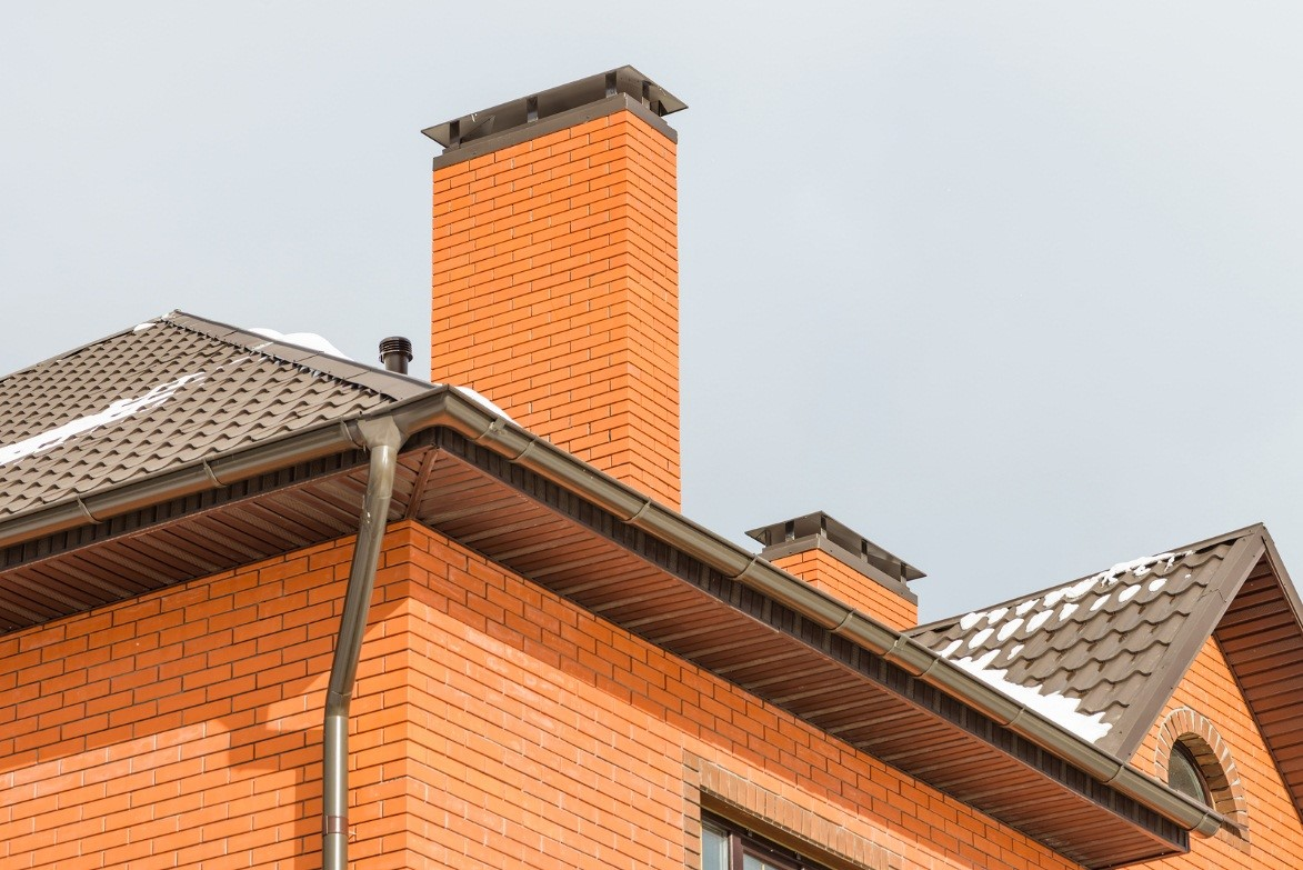 Repointing A Chimney : Top tips on how to know when your vancouver chimney needs